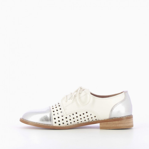 White perforated brogues with contrasting toe