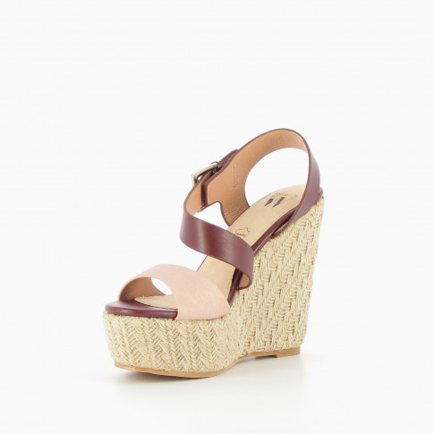 Asymmetric plum and pink wedge