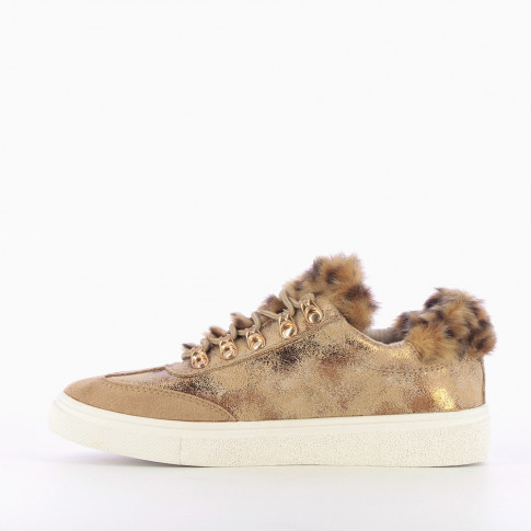Beige sneakers with gold glitter