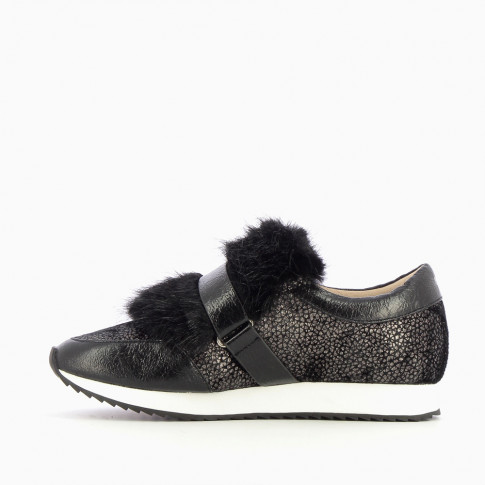 Black crackled print sneakers with faux fur