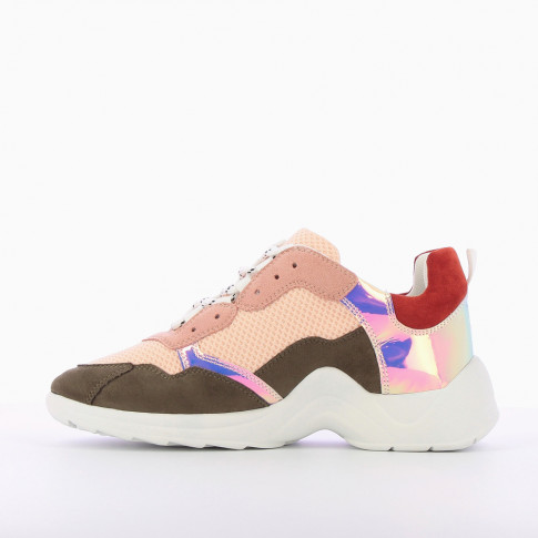 Sneakers with multiple pink and khaki yokes