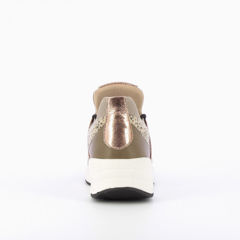 Lightweight sneakers with khaki mesh effect