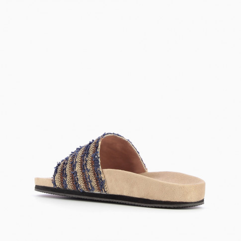 Mules with beige and navy blue woven strap