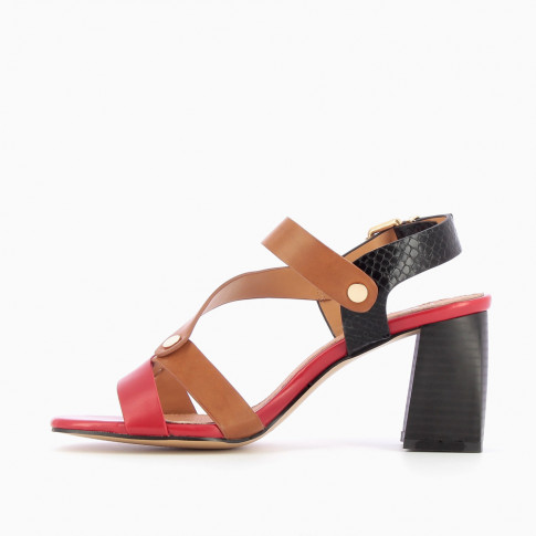 Tricoloured sandals with riveted straps