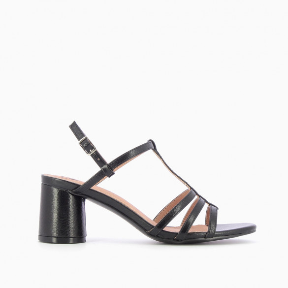 Black sandals with fine straps and round heel