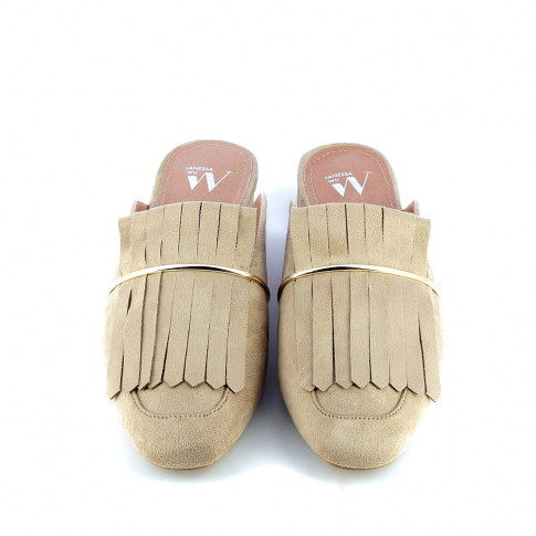 Beige slip-on fringe loafers