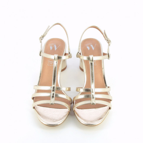 Gold sandals with fine straps and round heel