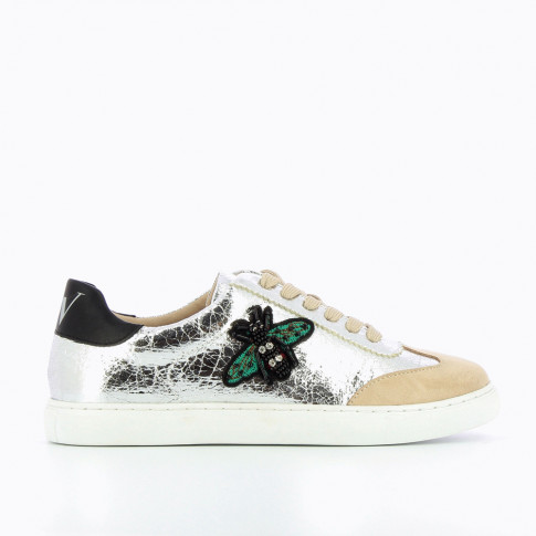 Silver sneakers with bee-shaped jewellery