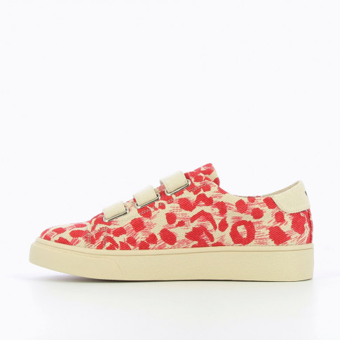 Beige sneakers with red poppy design