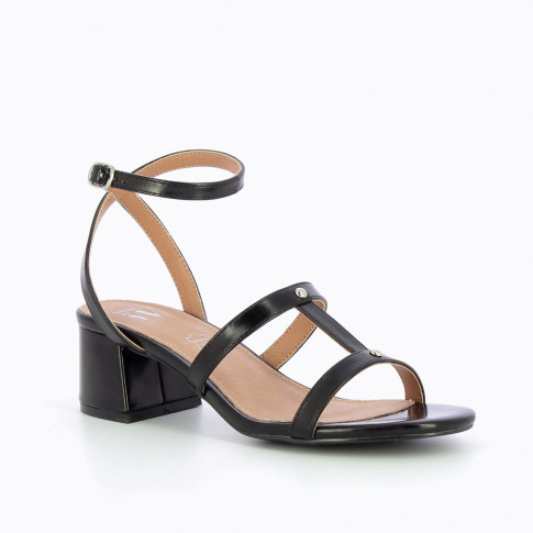Black vintage sandals with block heel