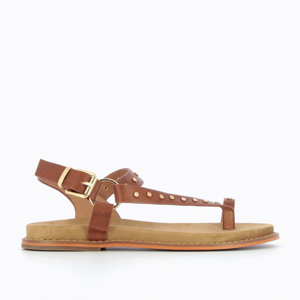 Camel toe-loop sandals with studs