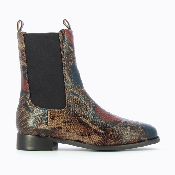 flat Chelsea boots with high upper camel snakeskin effect with round toe woman Vanessa Wu