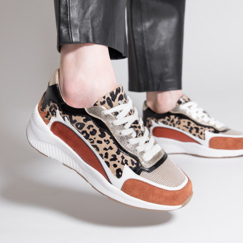 Leopard and brick-red sneakers with flame cutout