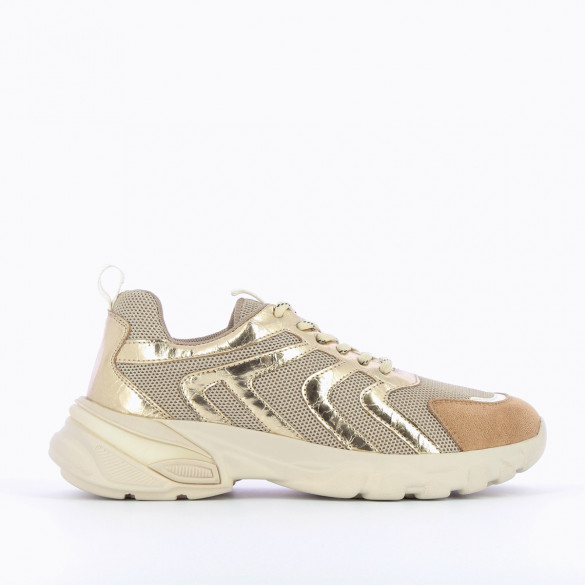 sneakers woman streetwear beige and gold with laces large oversized graphic sole Vanessa Wu