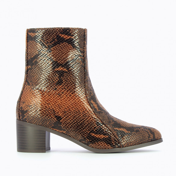 camel snakeskin effect ankle boots with small heel and topstitch woman Vanessa Wu