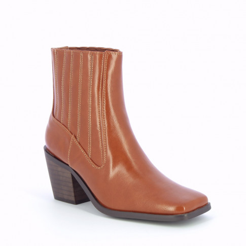 Camel ankle boots with contrasting topstitch