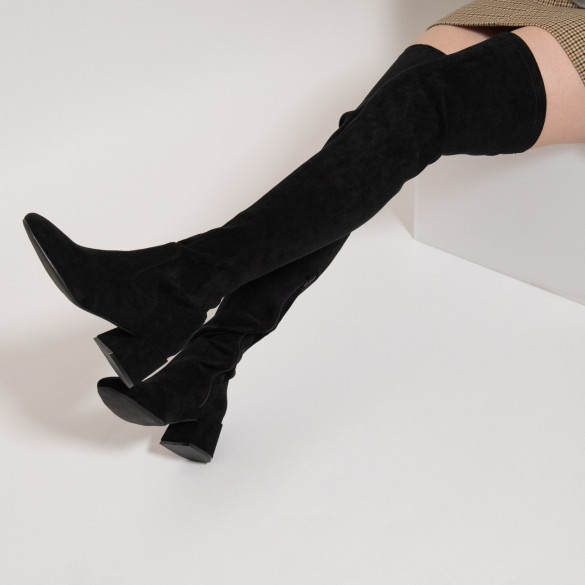high thigh highs black woman Vanessa Wu with small heel in stretch suedette