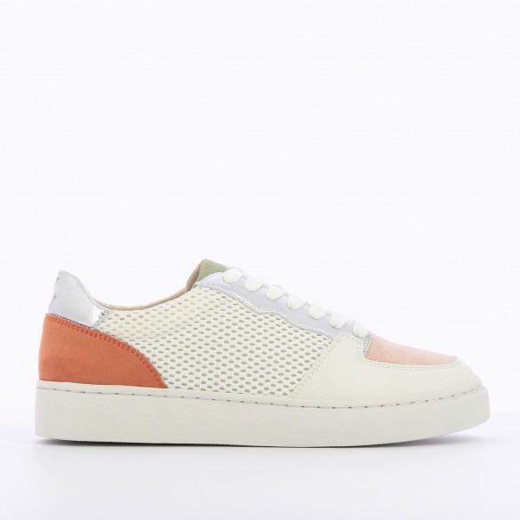 city sneakers woman in white mesh and pale pink suedette with laces Vanessa Wu