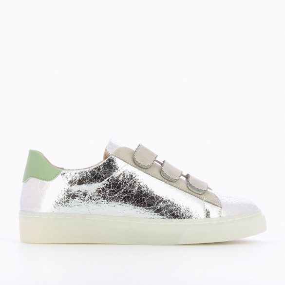 silver crinkled effect sneakers with gray velcro and transparent sole woman Vanessa Wu at the back almond green