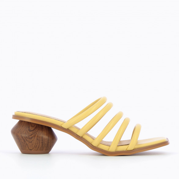 Yellow mules with sculpted heel wood effect and multiple rounded straps woman Vanessa Wu square toe