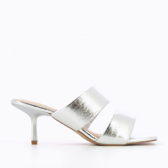 Mules texture silver nineties with kitten heel square toe and padded straps woman Vanessa Wu