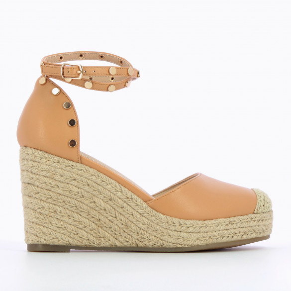 nude wedges faux leather with round gold studs and beige rope heel woman Vanessa Wu